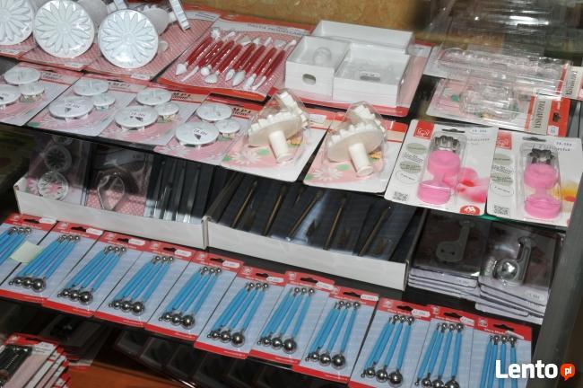 Słodkie dekoracje cukiernicze do ciast i tortów wysyłka kuri