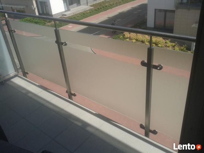 Oklejanie balkonów, oklejanie witryn, oklejanie pojazdów. 3N