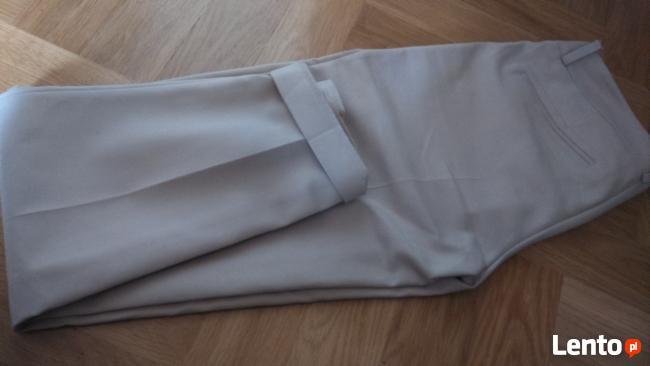Spodnie Mohito nowe