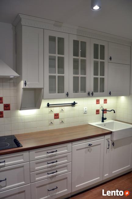 Meble kuchenne, Kuchnie na wymiar, szafy przesuwne, wnękowe