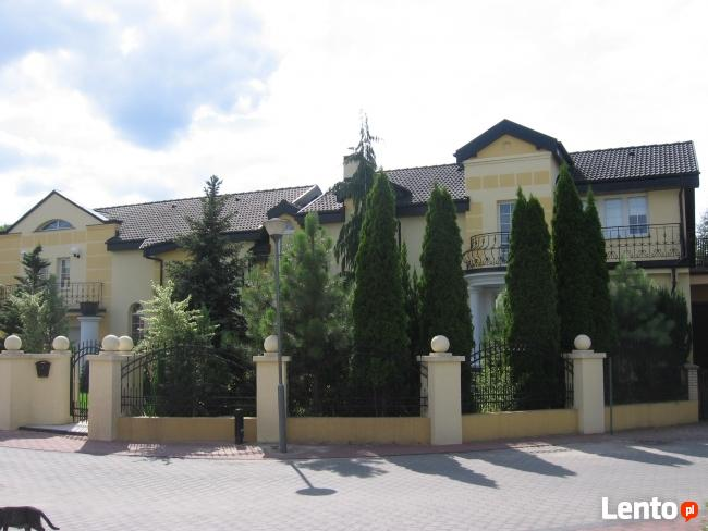 Bardzo duży dom
