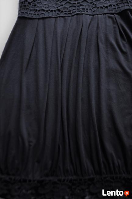Czarna sukienka z koronką  38  ZERO