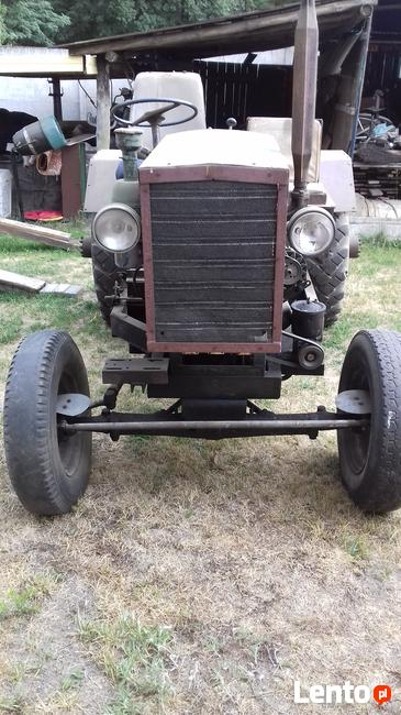 Traktor sam