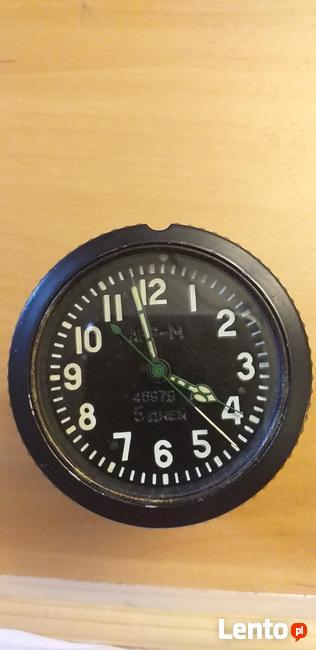 Radziecki zegar z wozu-czołgu bojowego