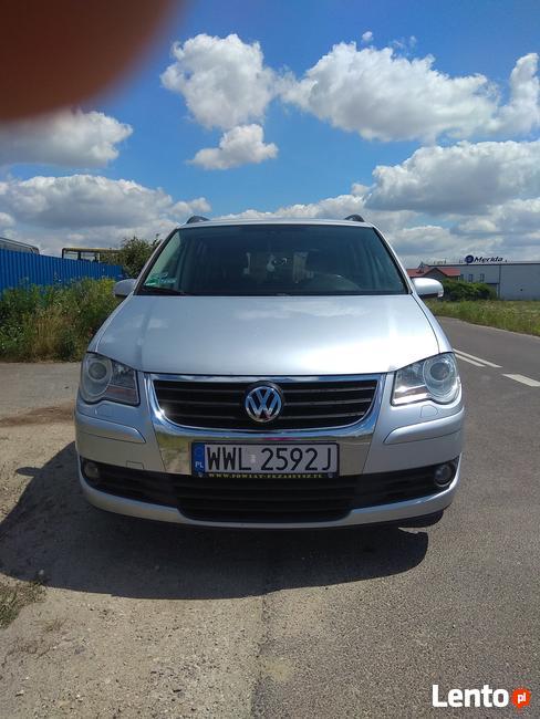 Sprzedam Volkswagena Tourana