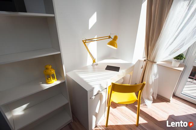 Pokój z balkonem 1os w Łodzi