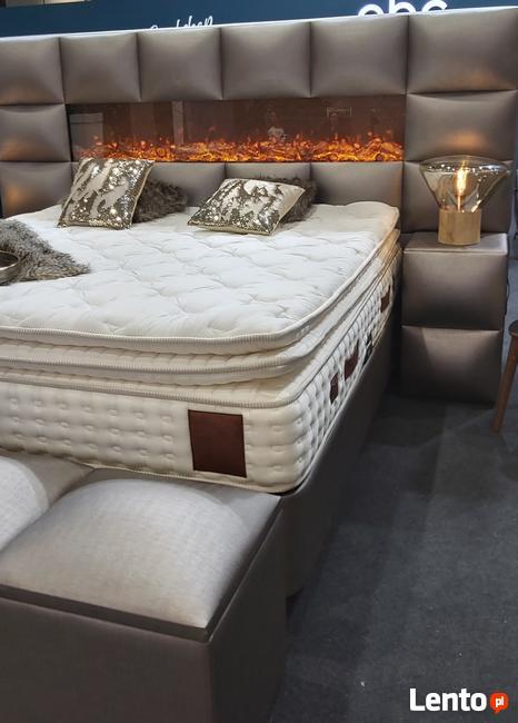 Łóżko z kominkiem , sypialnia Młoda Para, gorące łóżko,