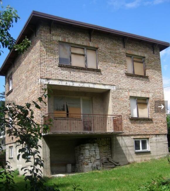 pół domu - stan surowy, 71m + garaż 29m w Jaśle sprzedam