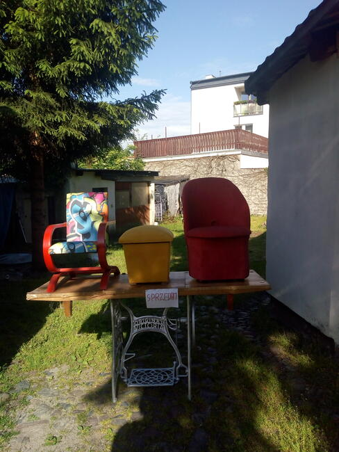 pufa fotel kubełkowy i mini finka