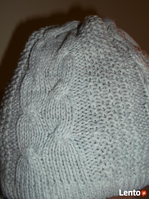 Sprzedam damskie czapki z szalikami ręcznie robione