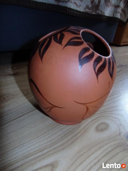 Niespotykany wazon