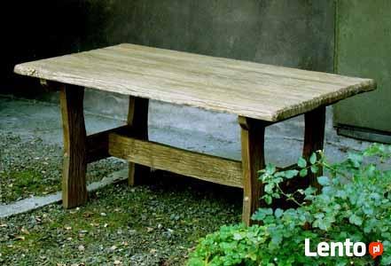 Stylowy stół z litego drewna, ręcznie rzeźbiony