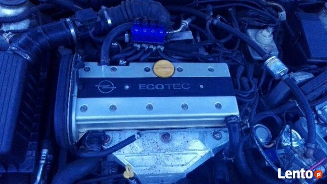 Opel Vectra b 2.0 sekwencja 140 km stan bardzo dobry