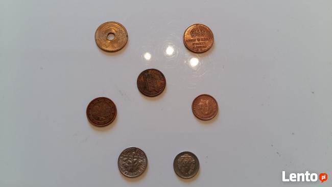 Zestaw różnych monet zagranicznych z lat 1955 - 1983