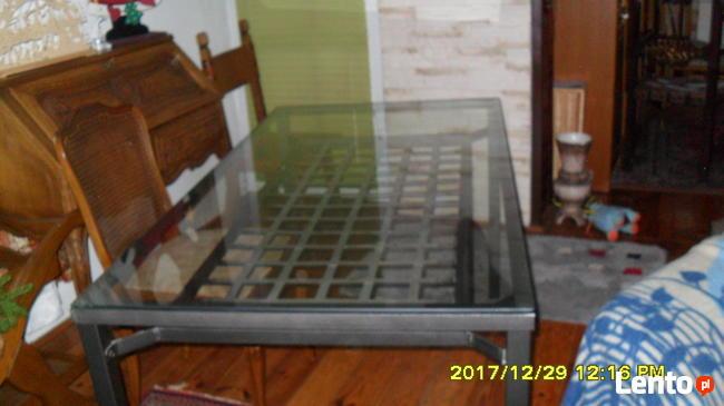 Stol metalowo -szklany.Metaloplastyka