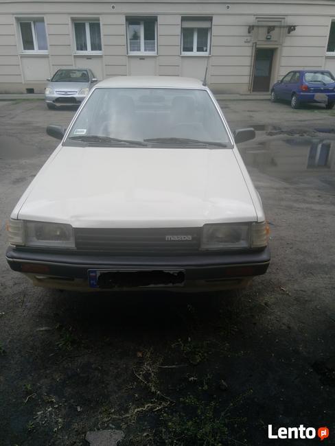 Mazda 323 DLUX