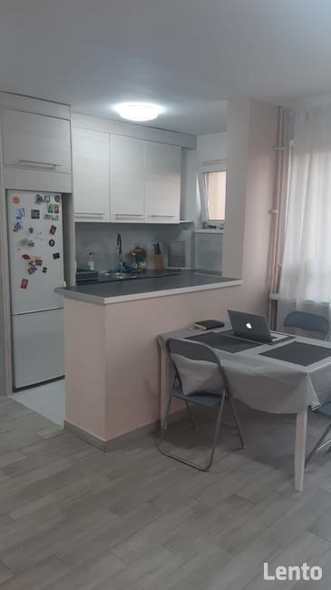 Pokój w skomunikowanym, wyremontowanym mieszkaniu na Saskiej