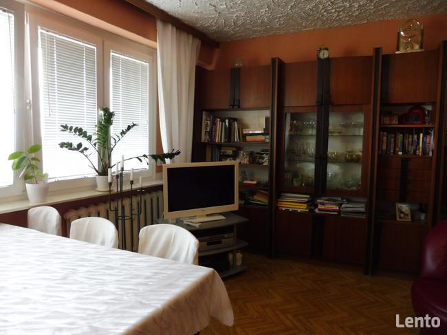 3 pokojowe mieszkanie na os. Sienkiewicza, parking,60 mkw