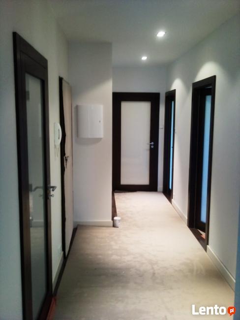 montaż i serwis okien i drzwi