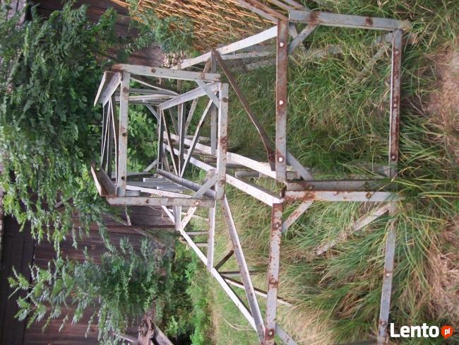 Wiatrak.maszt .wieża z Dźwigu budowlanego