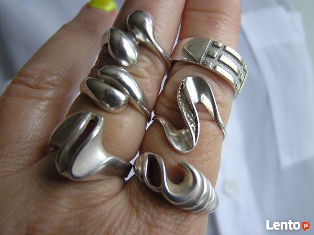 PIERŚCIONKI srebrne, czyste srebro stare z lat 80 wyprzedaz