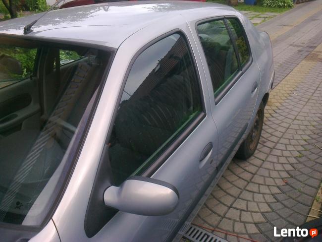2005 Renault Thalia Clio Sedan