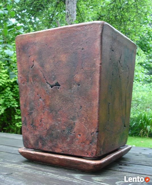 Sprzedam ceramiczną donicę + spodek. 40 x 31 cm.