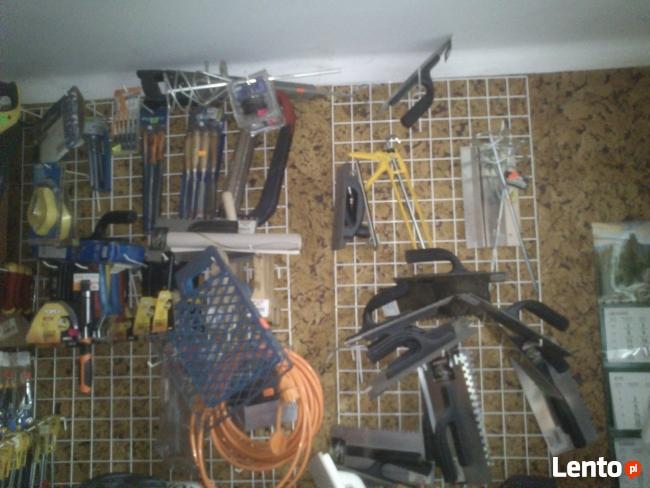 Narzędzia po likwidowanym sklepie