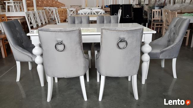 Krzesło glamour pikowane z  kołatką pinezkami z kryształkami