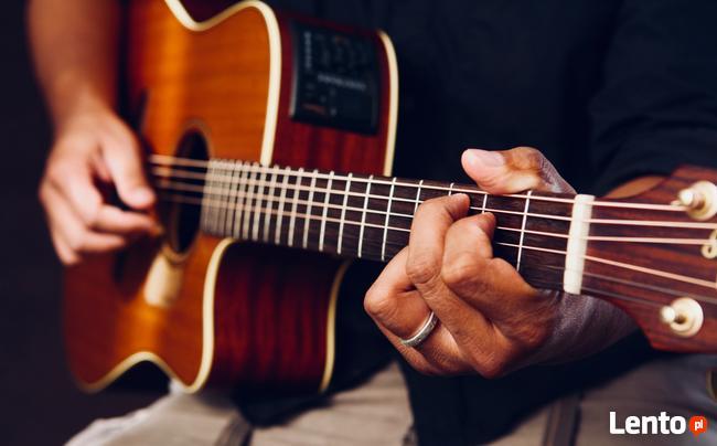 Nauka gry na gitarze Warszawa Grochów również z dojazdem