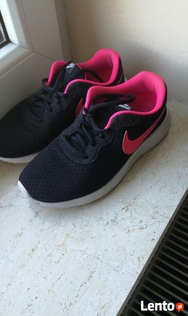 Buty Mazowieckie damskie i męskie, obuwie sportowe, sandały