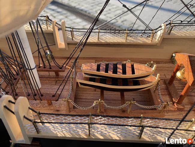 Drewniana Replika statku USS Constitution