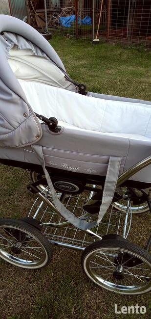 Sprzedam wózek. Adamex.