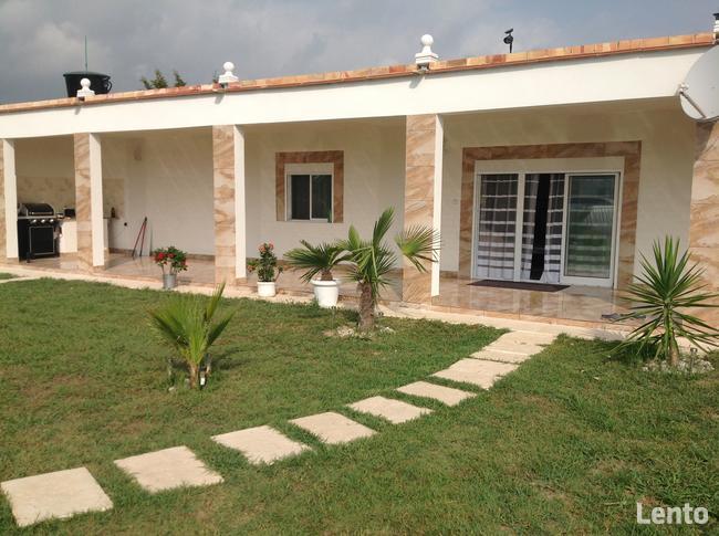 Dom z basenem w Oliva Nova