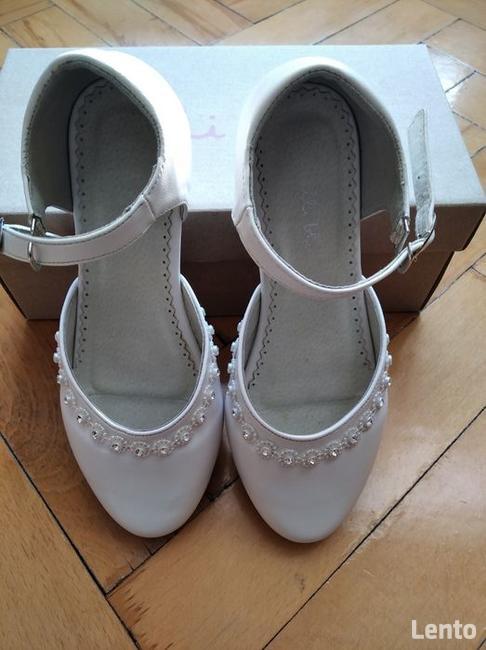 Buty dla dziewczynki białe, sandały