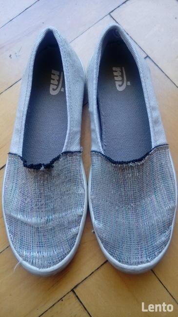 Buty tekstylne dziewczęce