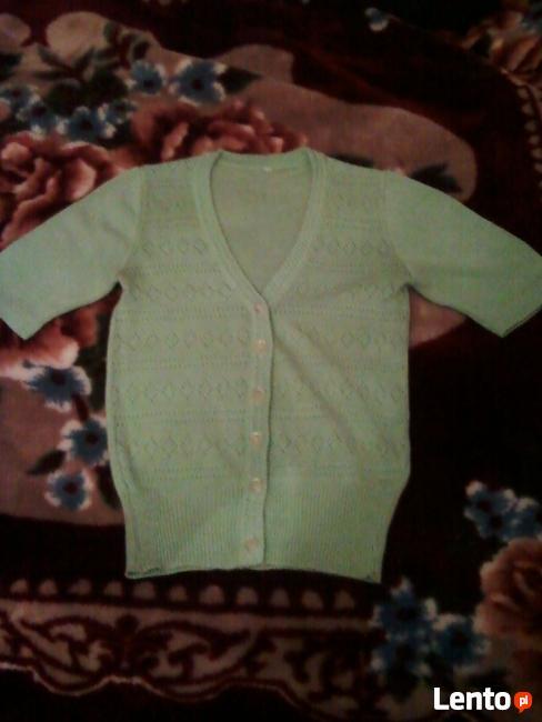 Rozpinany sweterek z krótki rękawem
