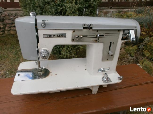 Maszyna domowa do szycia Priwileg.