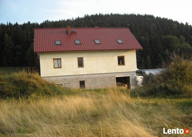 Piękny dom z dużą działką w rejonie kotliny kłodzkiej