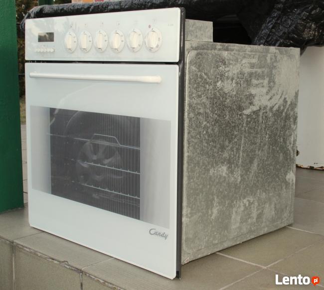 Piekarnik z płytą elektryczną do zabudowy