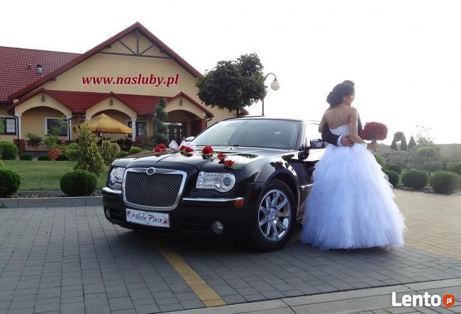 Auta do ślubu Kraków, Chrysler 300C, wynajem limuzyn,
