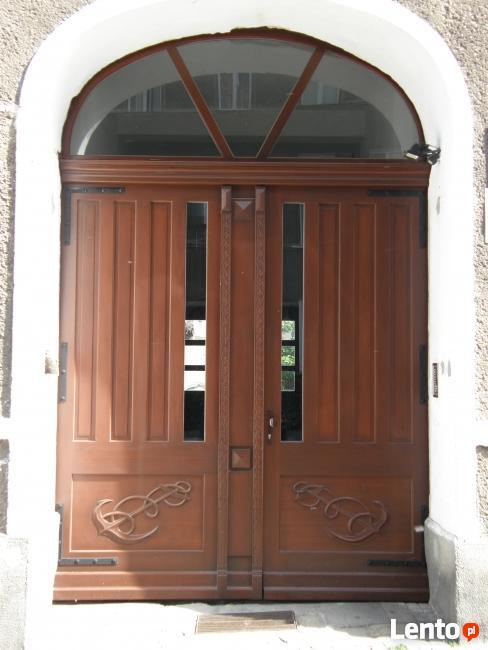 Drzwi drewniane na zamówienie