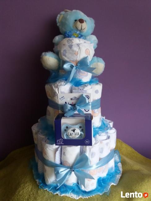 Tort z pampersów prezent upominek chrzciny roczek