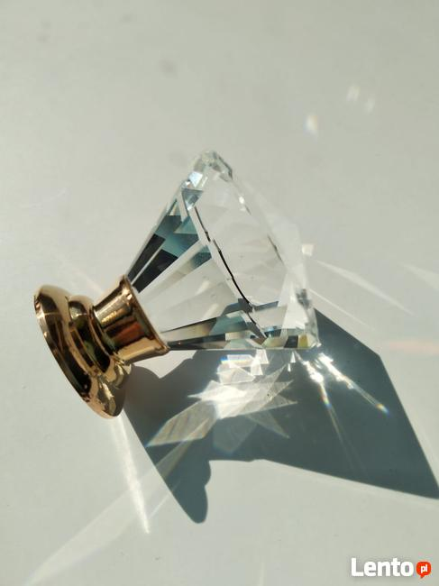 Uchwyt kryształowy do mebli- stożek, stopka miedziane złoto