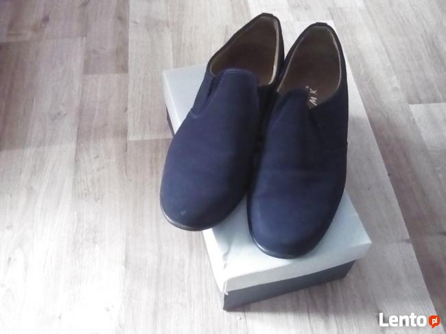 Buty dla chłopca r 36