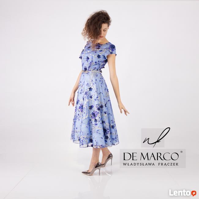 Elegancka sukienka dla mamy weselenej szyta na miarę