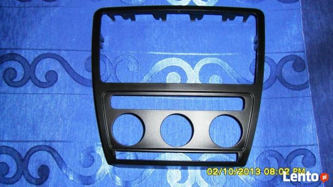 RAMKA ,OBUDOWA panelu sterowania SKODA OKTAVIA II ( 2 ) Eleg