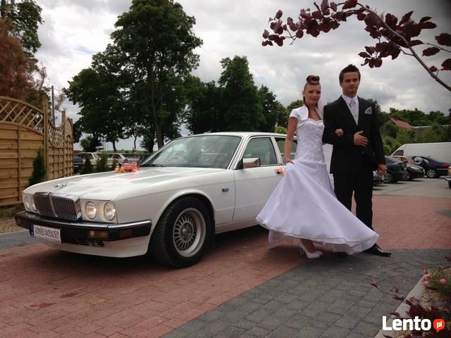 Auto dla Młodej Pary Piękny Biały Jaguar z lat 80-tych