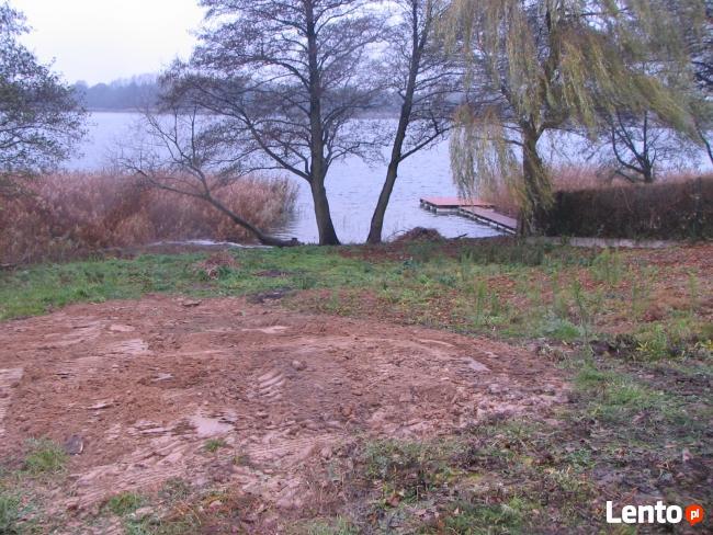 Działka rekreacyjna nad jeziorem, dostęp do linii brzegowej