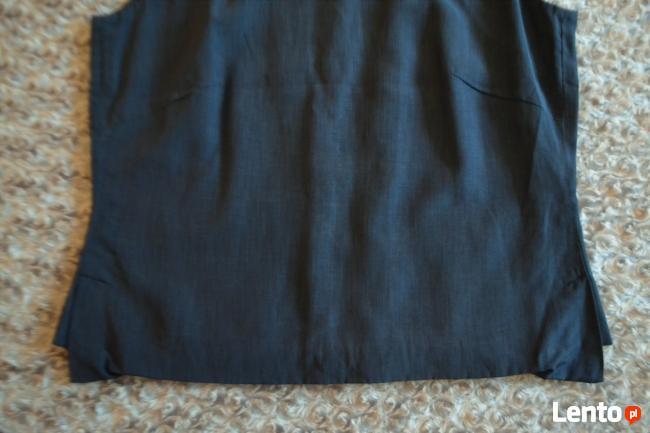 Elegancka, klasyczna bluzka bez rękawów 40